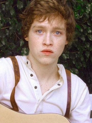 Caleb Landry Jones as Hugo Granger-Weasley